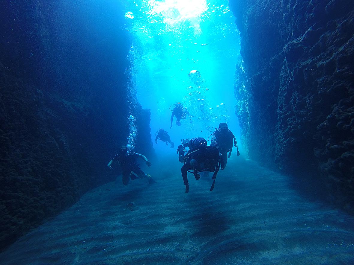 Certified Divers Volcano Dive Center Santorini