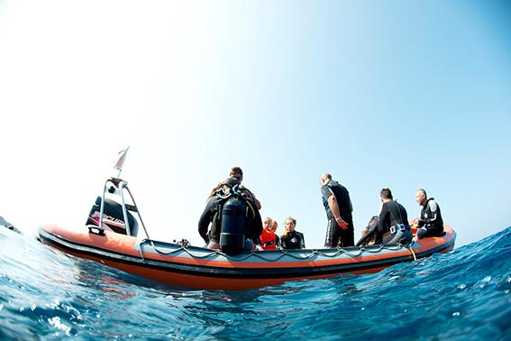 Boat dives Scuba diving Snorkeling Santorini