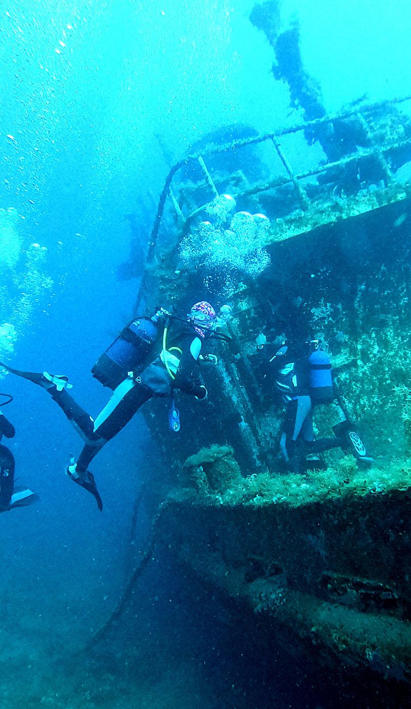 Volcano dive center diving equipment SCUBAPRO