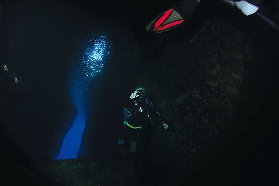Night Dives scuba diving Santorini Greece